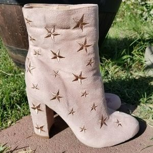 Wild Diva Nude Suede Ankle Boots NWOT